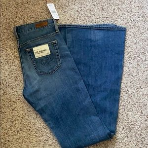 AG The Farrah 70's Bell Bottom Flare Jean